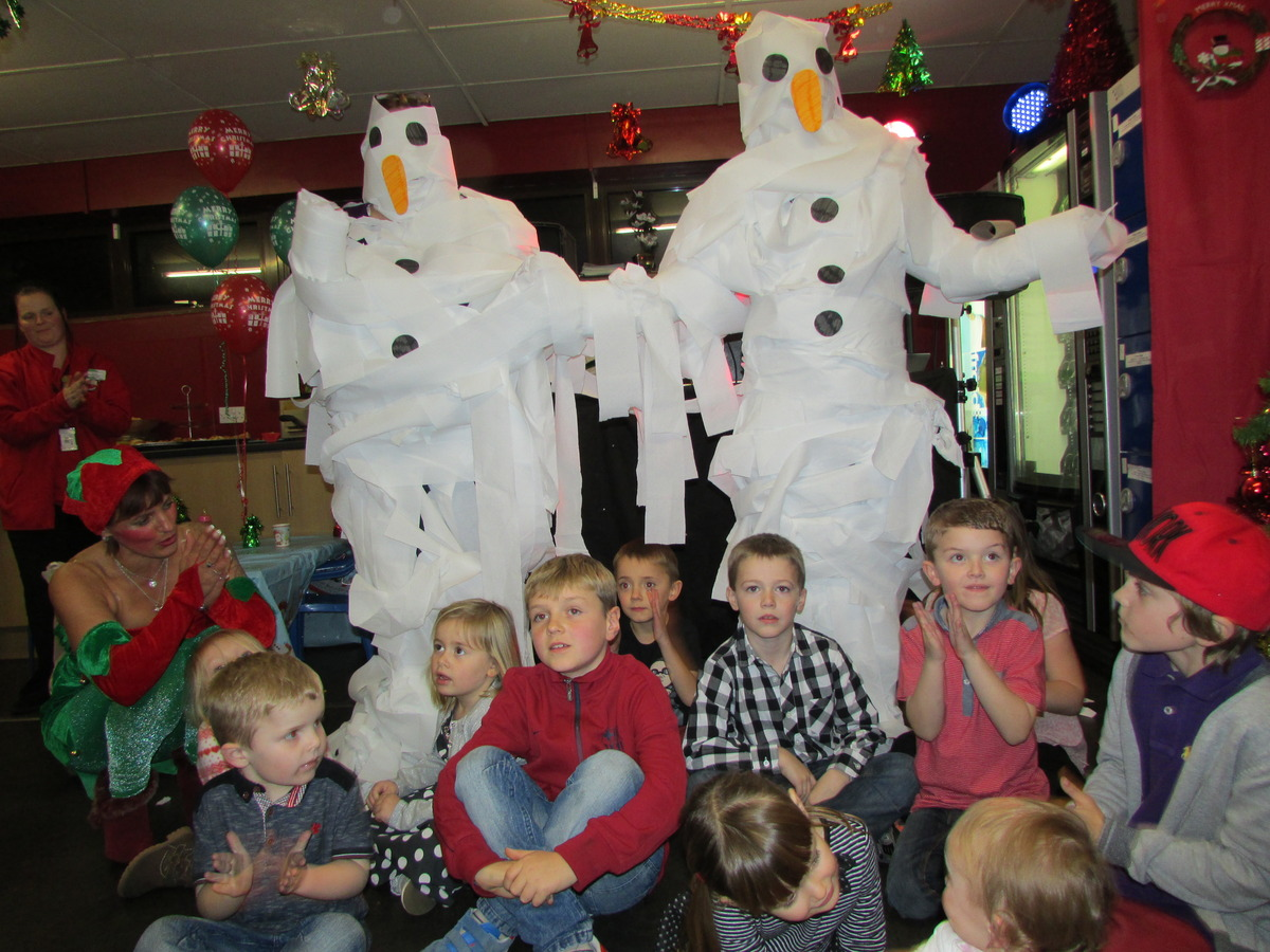 Christmas market and kids party 2013 056